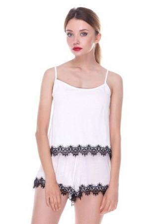 Пижама вискозная 7013 белый/черный майка и шорты